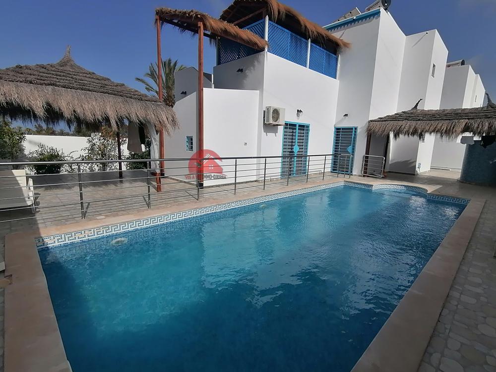 Villa avec 2 logements à Tezdaine - Réf L559