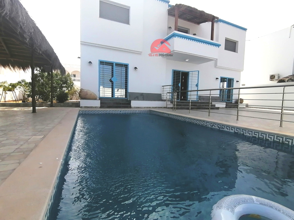 Villa avec piscine privée à Tezdaine - Réf L560