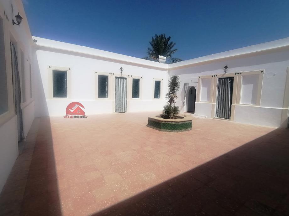 Grand Houch meublé à Djerba - L574