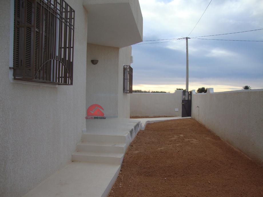 Location sans meubles à Midoun - Réf L591