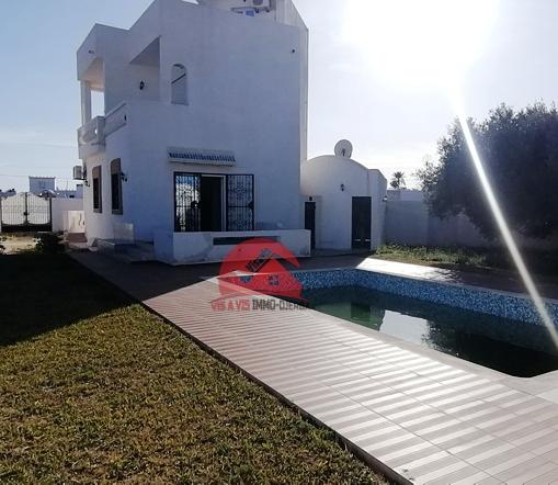 Location meublée avec piscine à Tezdaine - Réf L592