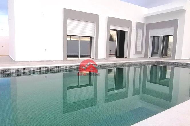 Villa avec piscine 10 x 4