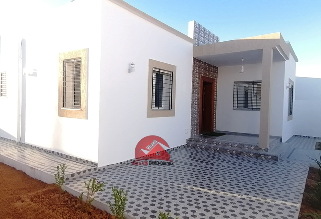 Vente grande villa plain-pied à Djerba - V510