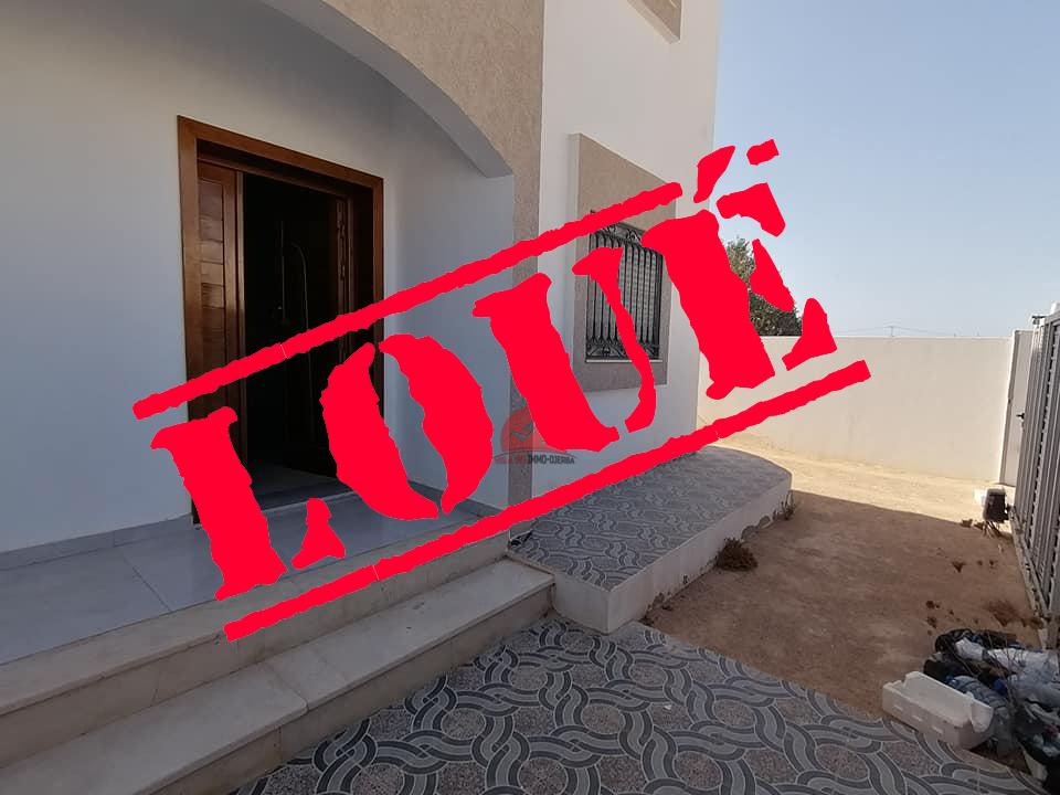 Villa vide pour location annuelle - L564