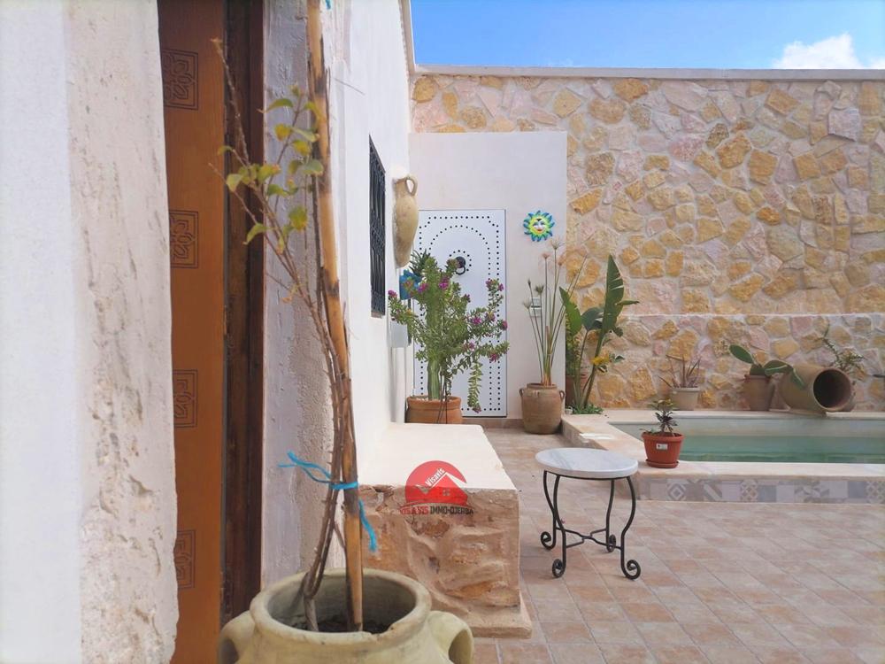 Vente maison traditionnelle djerbienne en ZU - Réf H486