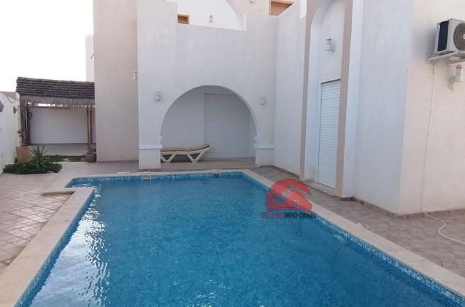 Villa de vacances avec piscine à Aghir Djerba - Réf L611