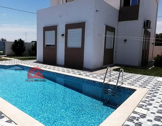 Location de villa avec piscine privée - Réf L621