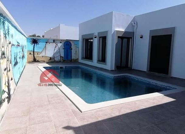 Vente villa avec piscine en ZU Djerba - Réf V527