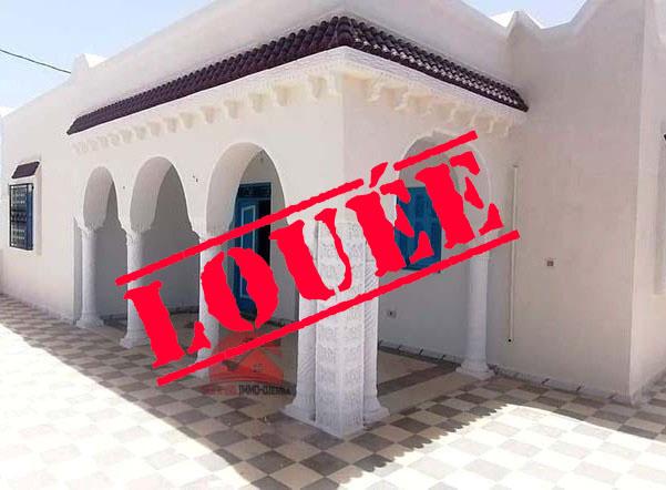 Location annuelle maison vide à la zone touristique - Réf L619