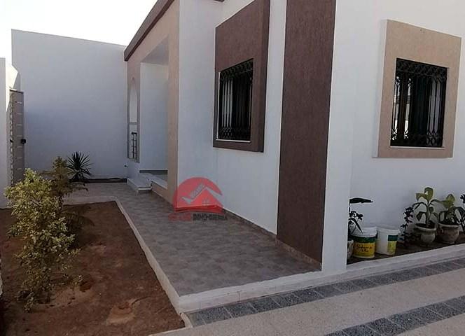 A vendre grande villa plain-pied - Réf V534