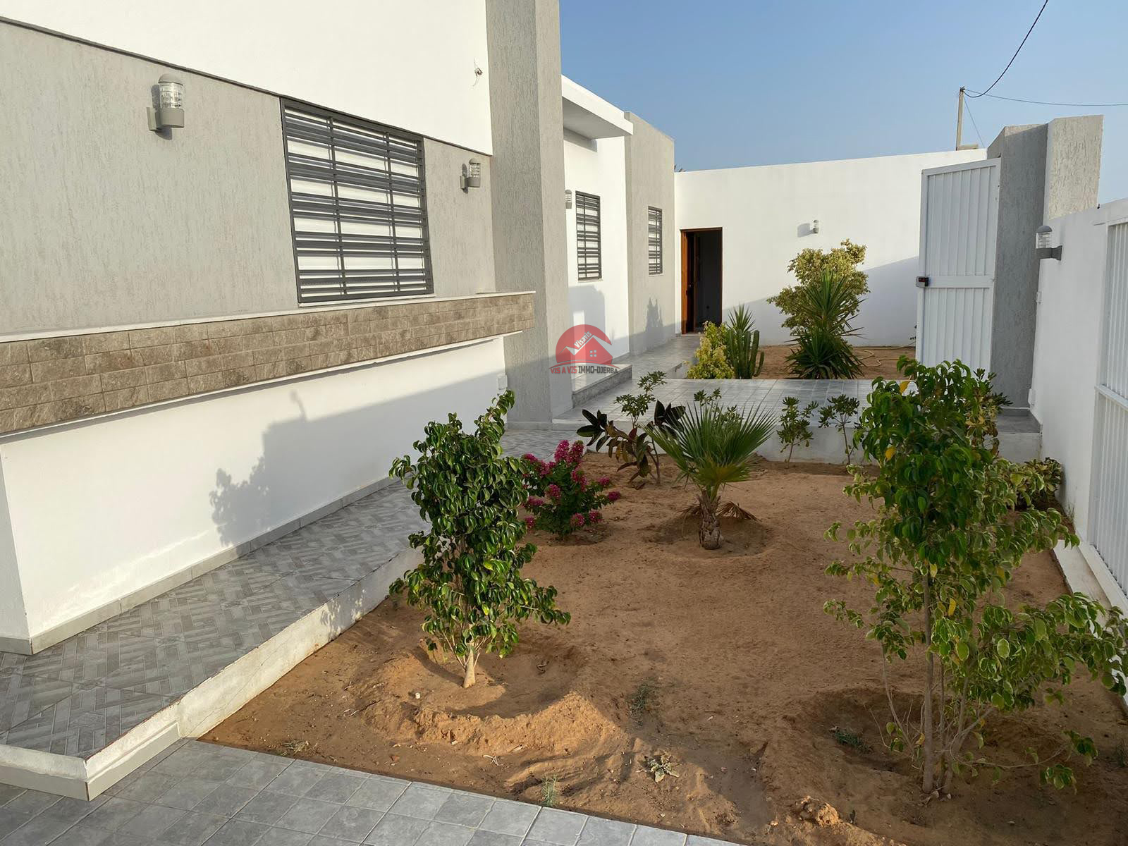 Villa neuve à vendre en Zone Urbaine - Réf V549
