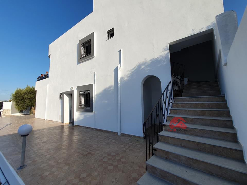 Location étage de villa à Djerba Midoun - Réf L635