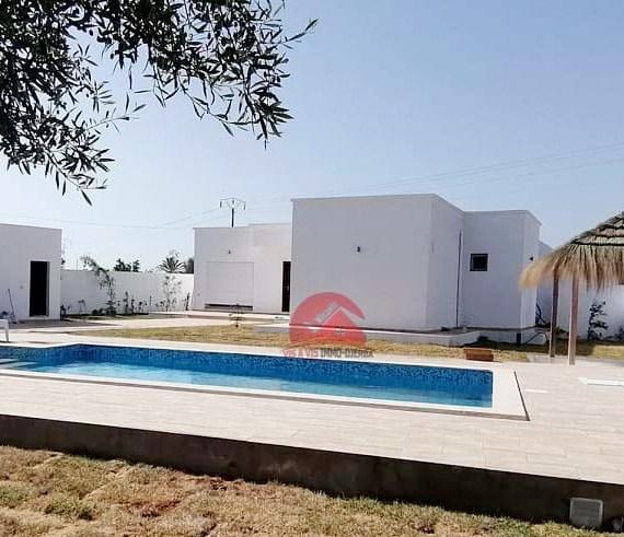 Villa haut de gamme avec piscine privée à Chebabia - Réf L634